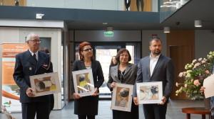 Nagroda za działalność na rzecz ochrony środowiska- edycja 2016 W dniu 27 października w siedzibie Wojewódzkiego Funduszu Ochrony Środowiska i Gospodarki Wodnej w Gdańsku wręczone zostały nagrody za działalność na rzecz ochrony środowiska. Z radością i dumą informujemy, że jedną z nich odebrała Marzena Chojnacka, Dyrektor Biura Zarządu FRUG, za wieloletnią pracę związaną z koordynacją projektów z zakresu ochrony środowiska i edukacji ekologicznej.
